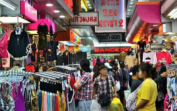 Đánh hàng đồ lót Thái Lan
