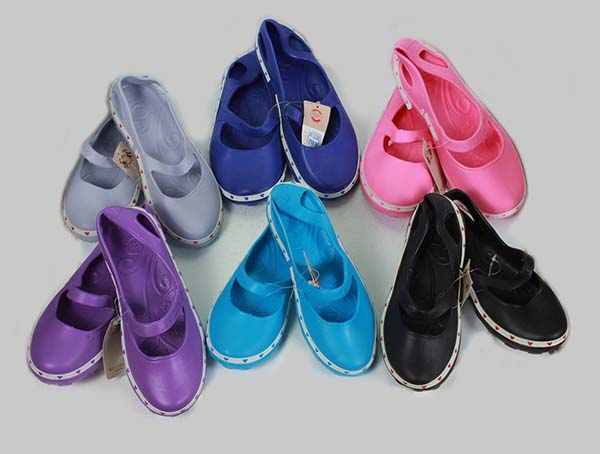 Nhập giày nhựa nữ Thái Lan