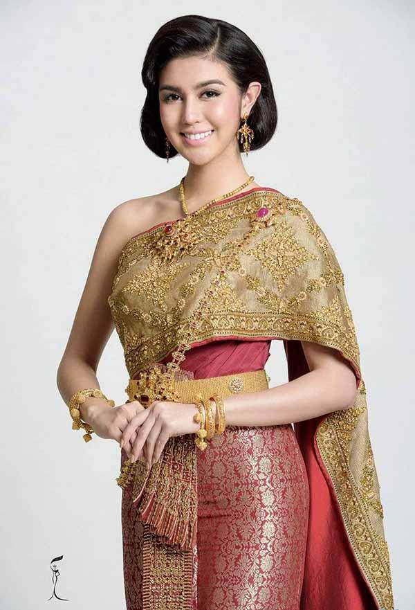 Trang phục truyền thống Thái Chakkri